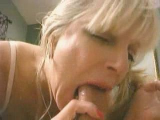 Szőke szopás pornó