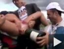 A nyerteseknek pezsgő jár