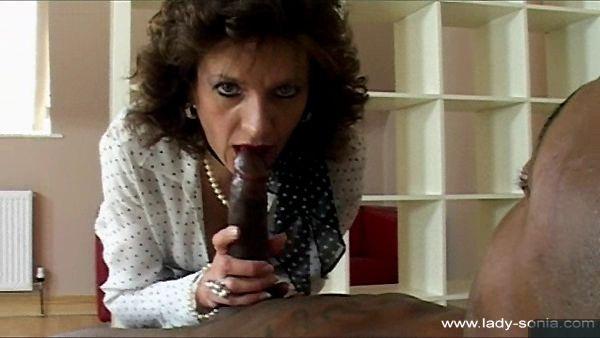 Pornó videó fekete fasz