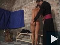 Kúrás a kolostorban