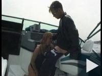 Egy gyors faszszopás a hajón
