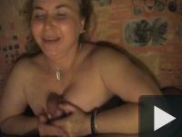 Vidám házi amatőr szex