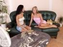 Melinda és barátnője - 2. kép