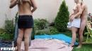 Szöszi barátnők kerti szexpartyja - 1. kép