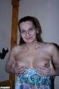 Anyám hastáncosnő és imádja a faszt! - 1. kép