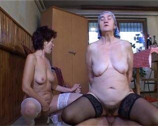 férfiak maszturbál nagy farkukat