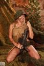 Kúrás a lövészárokban - 9. kép