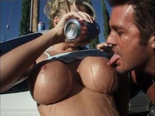 Titty mania 2