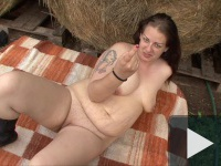 Szex a szalmakazlaknál