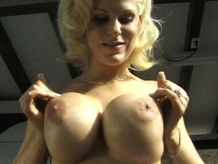 Titty mania 1
