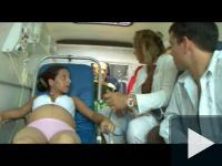 Gang-bang a mentőautóban