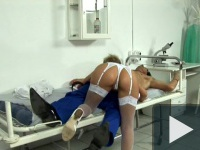 Popószex a nővérszobában